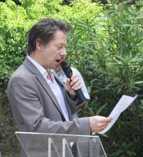 Mathieu Amalric lit le poème de Paul Eluard Au rendez-vous allemand
